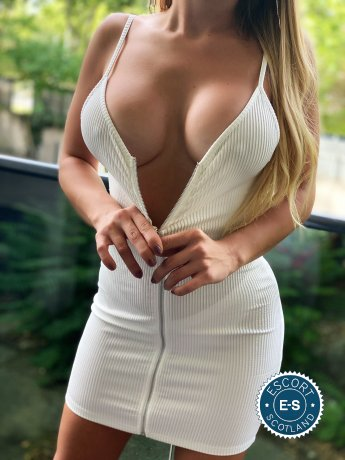 Hot Blond Sara is a sexy American Escort in Glasgow City Centre