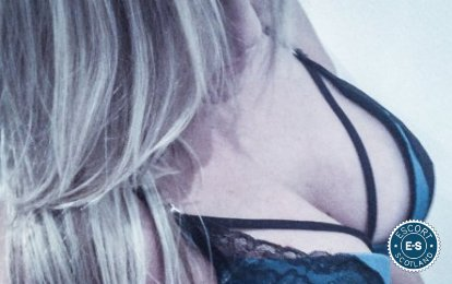 Book a meeting with British Laura Milf in Aberdeen today
